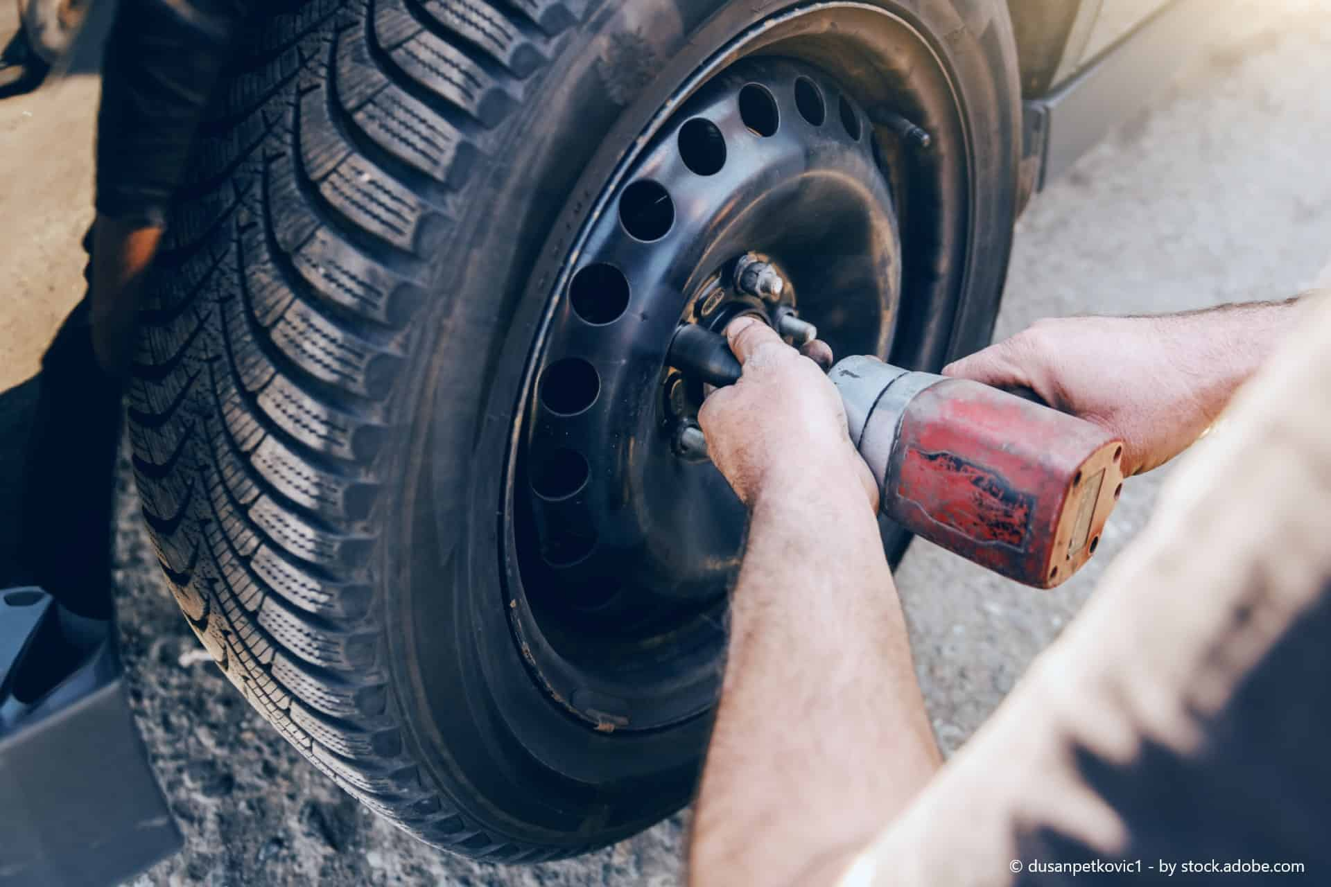 Warum das Reifen Reinigen so wichtig ist- Der WD-40 Guide