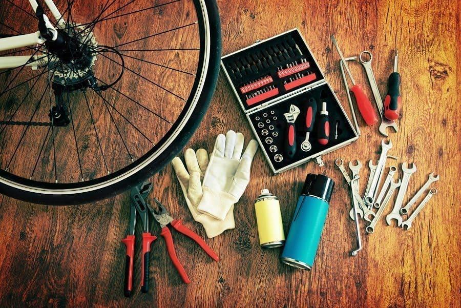 Fahrradzubehör und werkzeug
