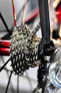 Fahrradkettenpflege - Kette mit Kettenoel richtig pflegen