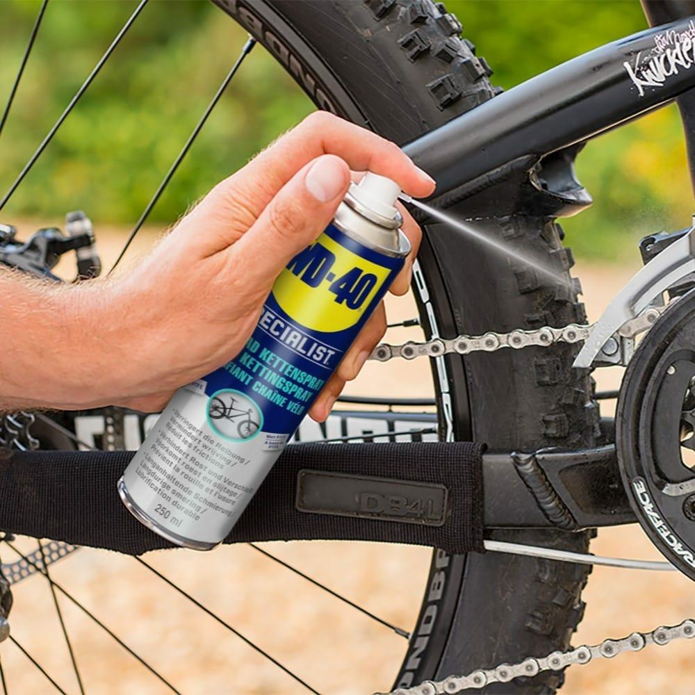 WD40-SPECIALIST-Fahrrad-Kettenspray-Fahrradkette-schmieren-1.jpg